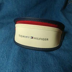 Tommy Hilfiger Sunglasses case